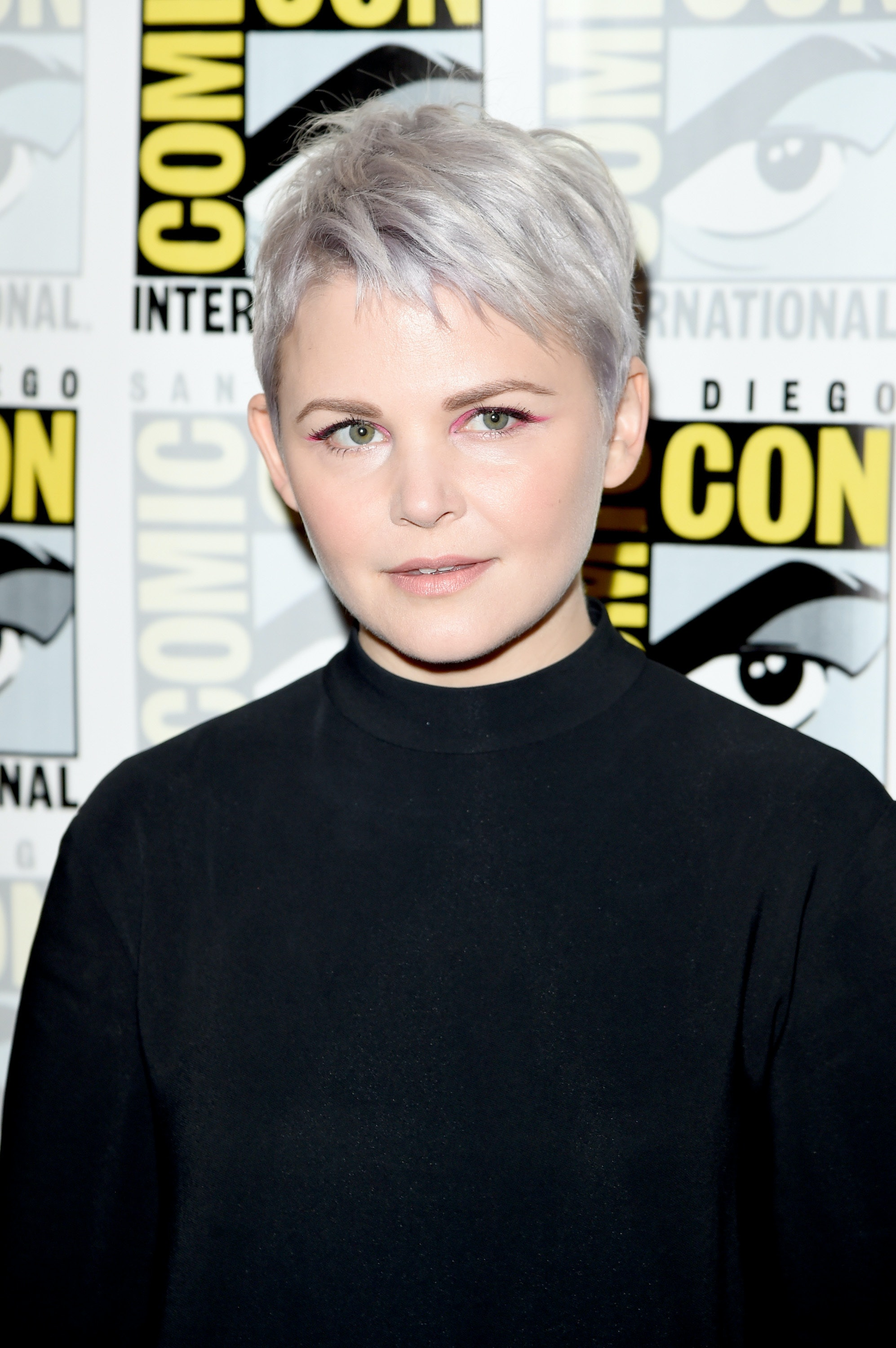 Ginnifer Goodwin Dyes Her Hair Silver Gray And Gives Us Major Summer