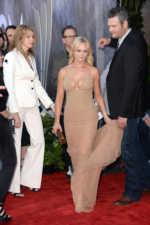 JoJos Bachelorette Premiere Dress Looks Super Familiar For This One Surprising Reason