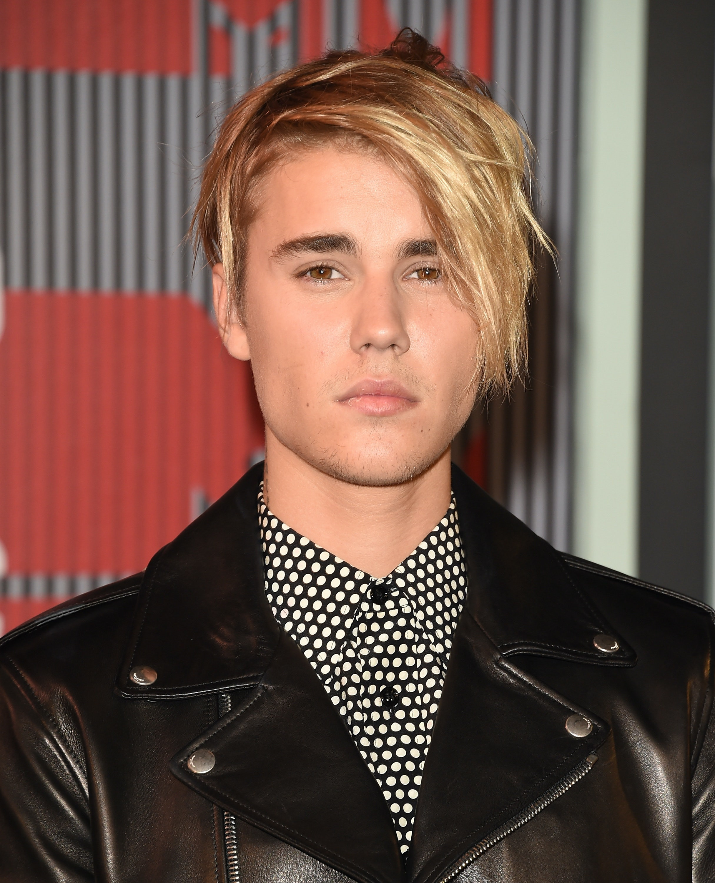 All Of Justin Biebers Hairstyles In Will Make You Belieb In - Justin bieber hairstyle where are u now