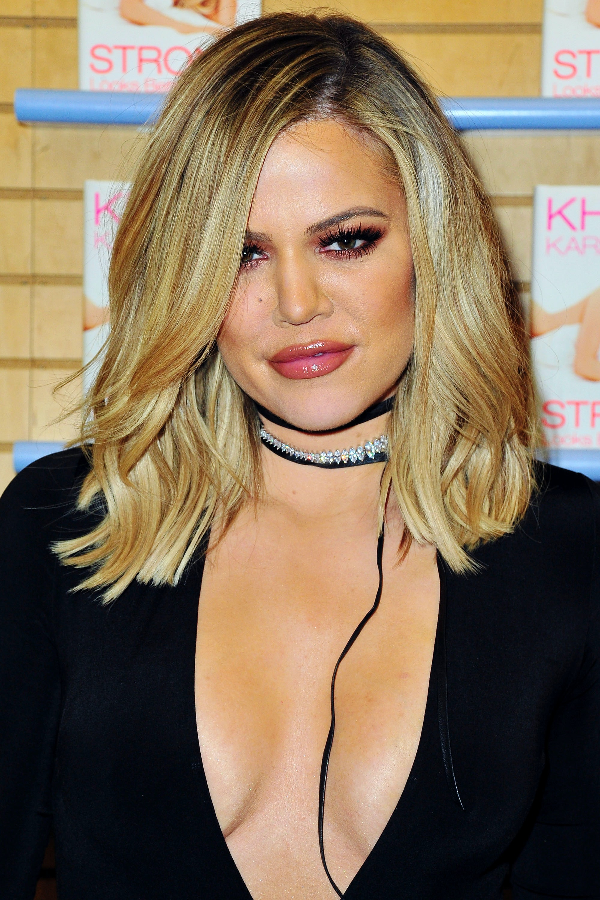 Khloe Kardashians Extensions Are Crazy Long Totally Different