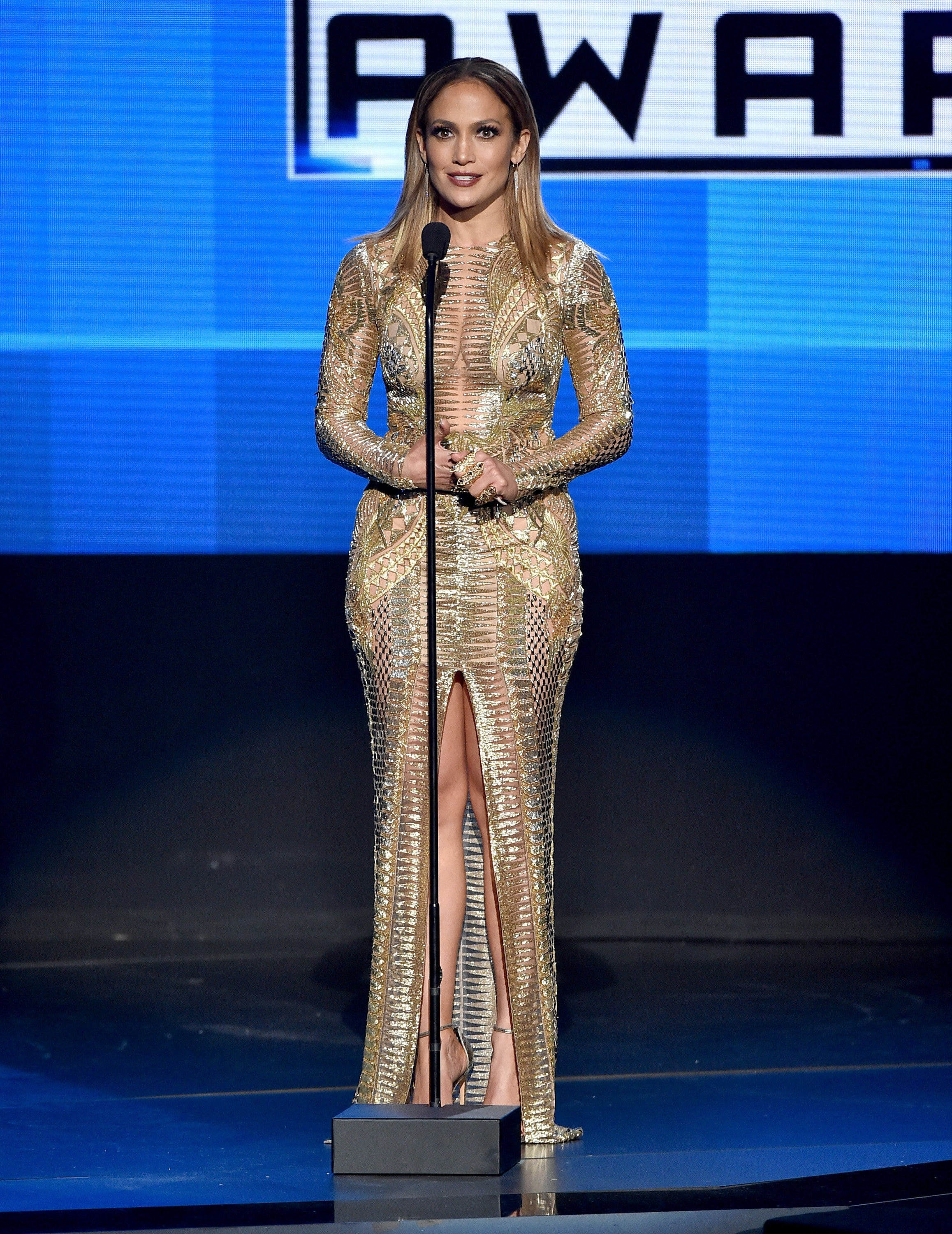 All Of Jennifer Lopez\'s 2015 American Music Awards Outfits Were ...
