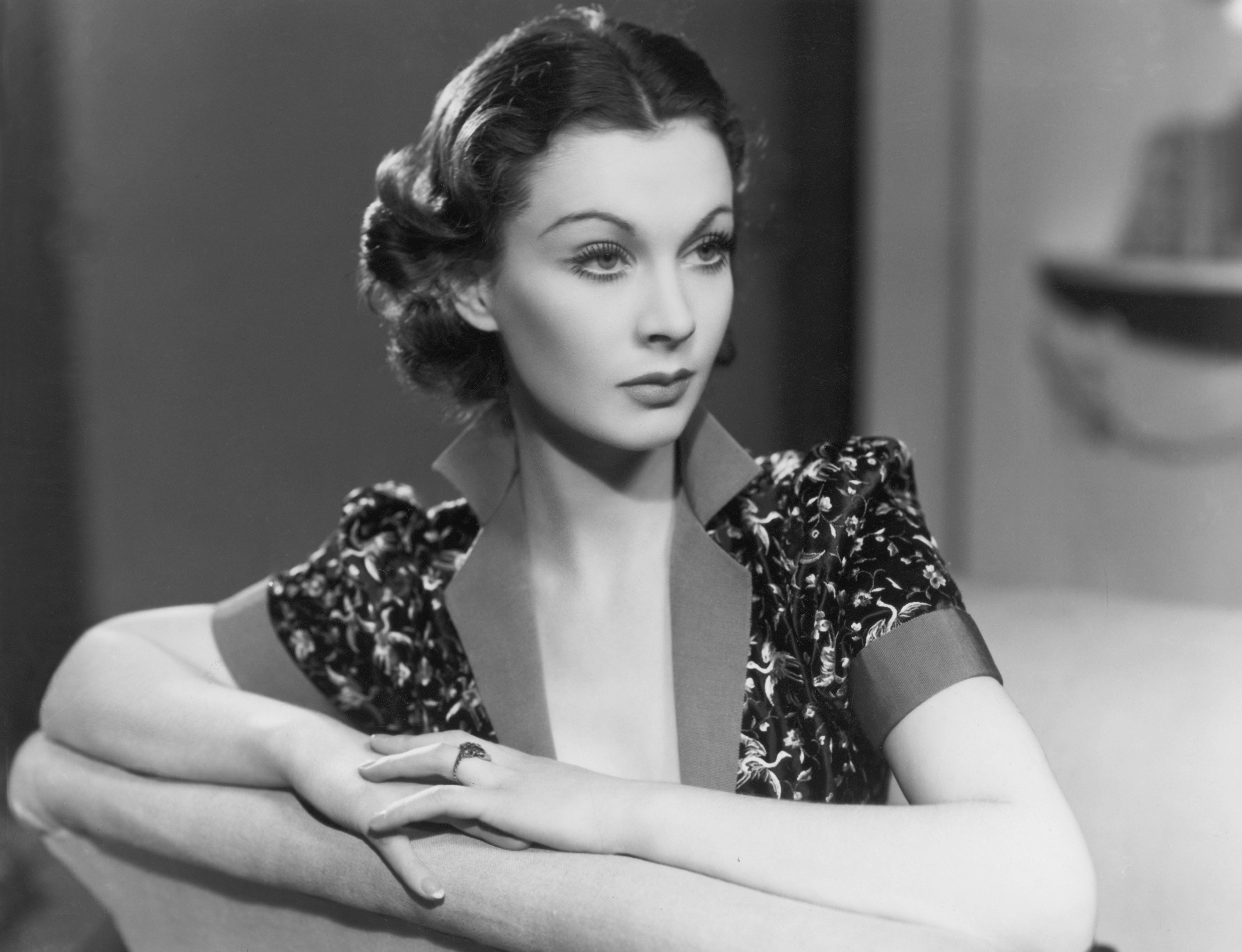 Jordan-Claire Green,Rosemary Harris (born 1927 (naturalized American citizen) Sex pics & movies Alina Puscau ROU,Lindsay Pulsipher