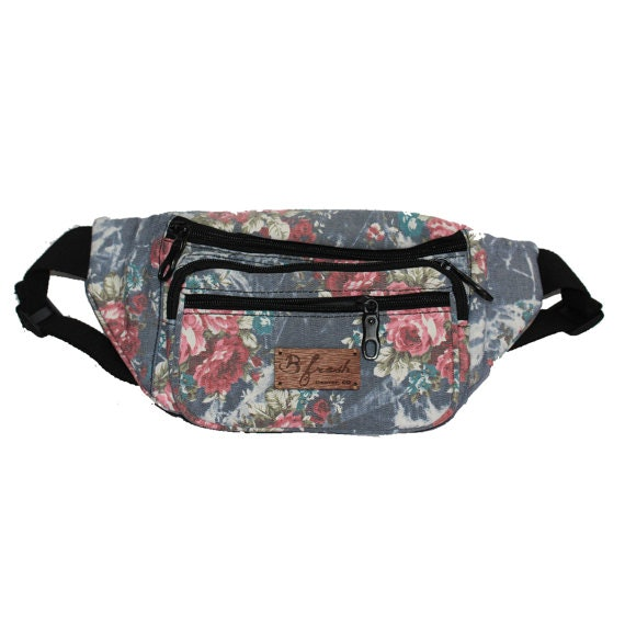 a1ff2173f025 31 Cute Fanny Packs For Festival Season Because A Heavy Purse Is the ...