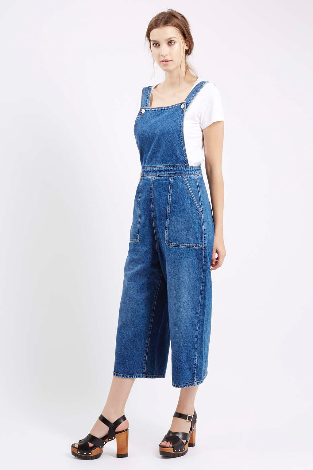 473730d8fb1d1 11 Things You Wore Back To School In The  90s That Are Still Hella Dope