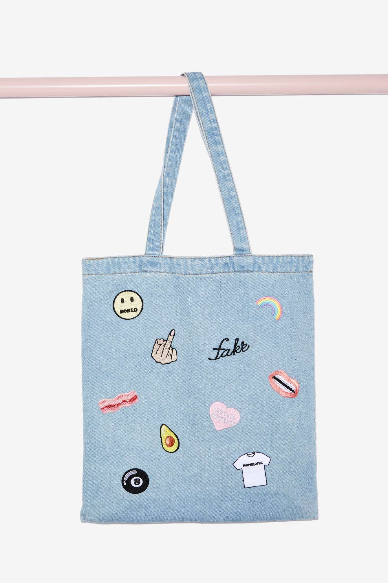 These 2016 Versions Of Your Favorite 90s Back To School Accessories Jansport Lil Break Glitter Hearts Are So Rad Photos