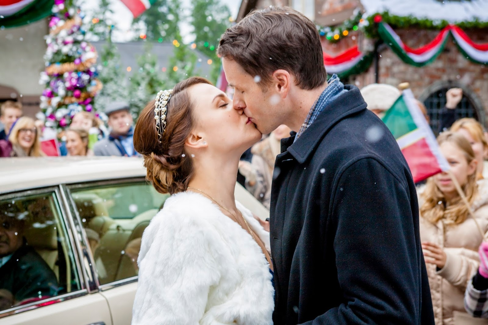 the hallmark countdown to christmas schedule will make sure youre in the holiday spirit all month long