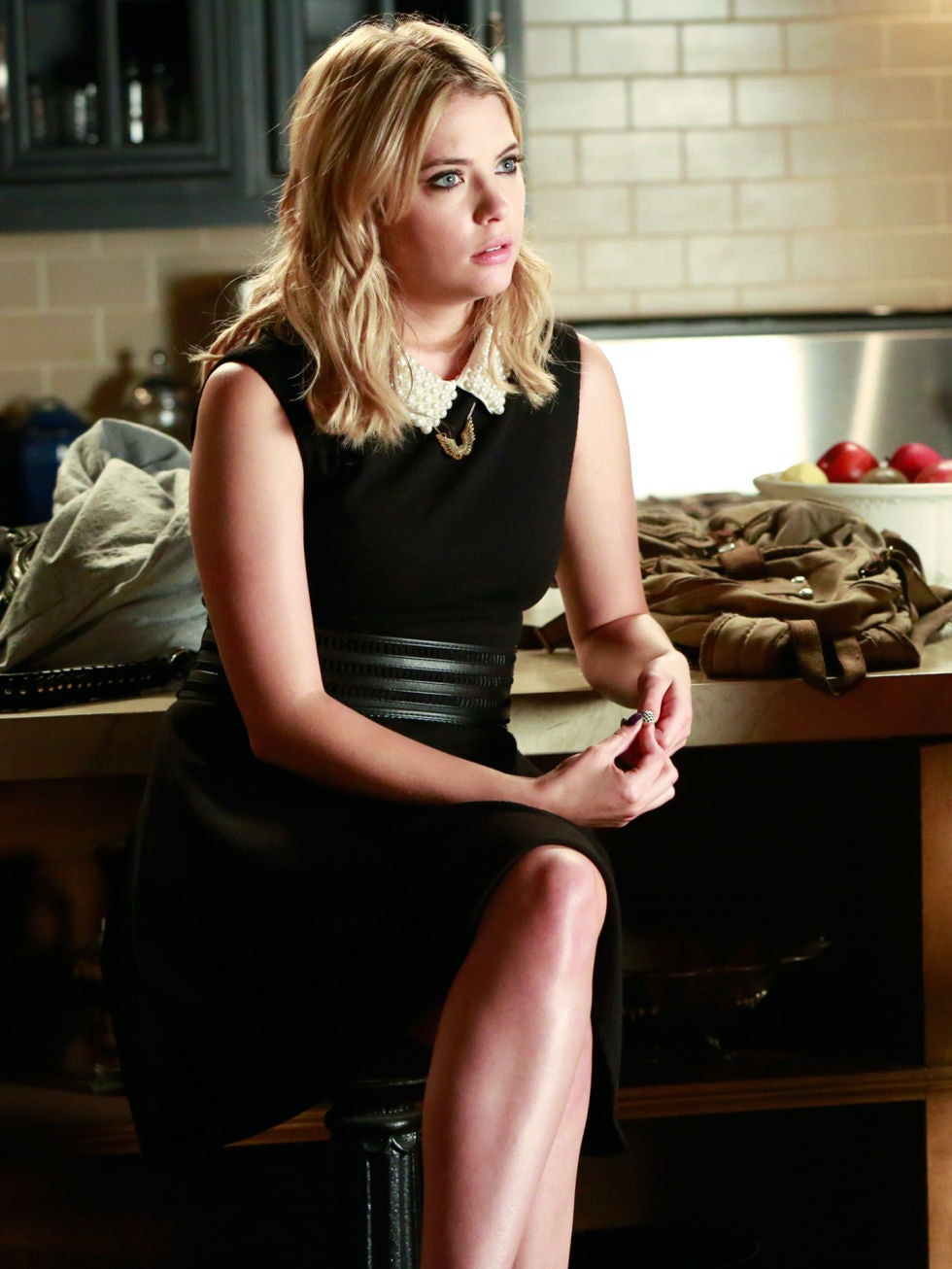 75f9c843c2 14 Vintage Inspired  Pretty Little Liars  Fashion Moments Worth A Second  Look — PHOTOS