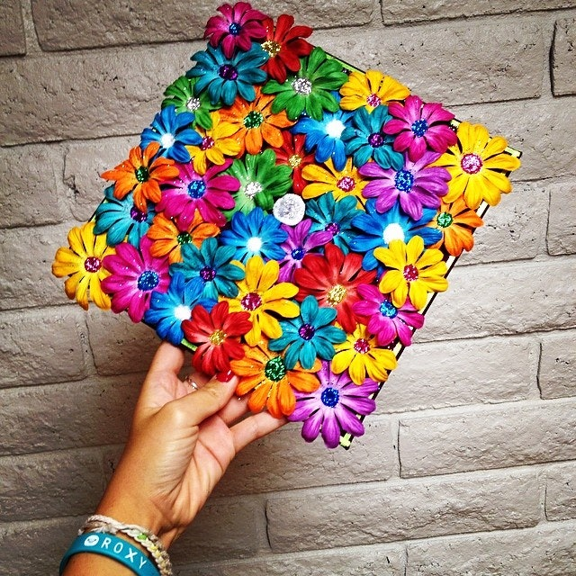 15 graduation cap decorations to inspire your commencement diy ing