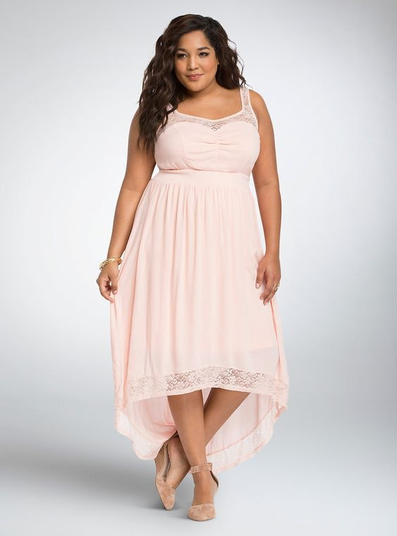 21 Plus Size Maxi Dresses For Breezy Summer Style — PHOTOS