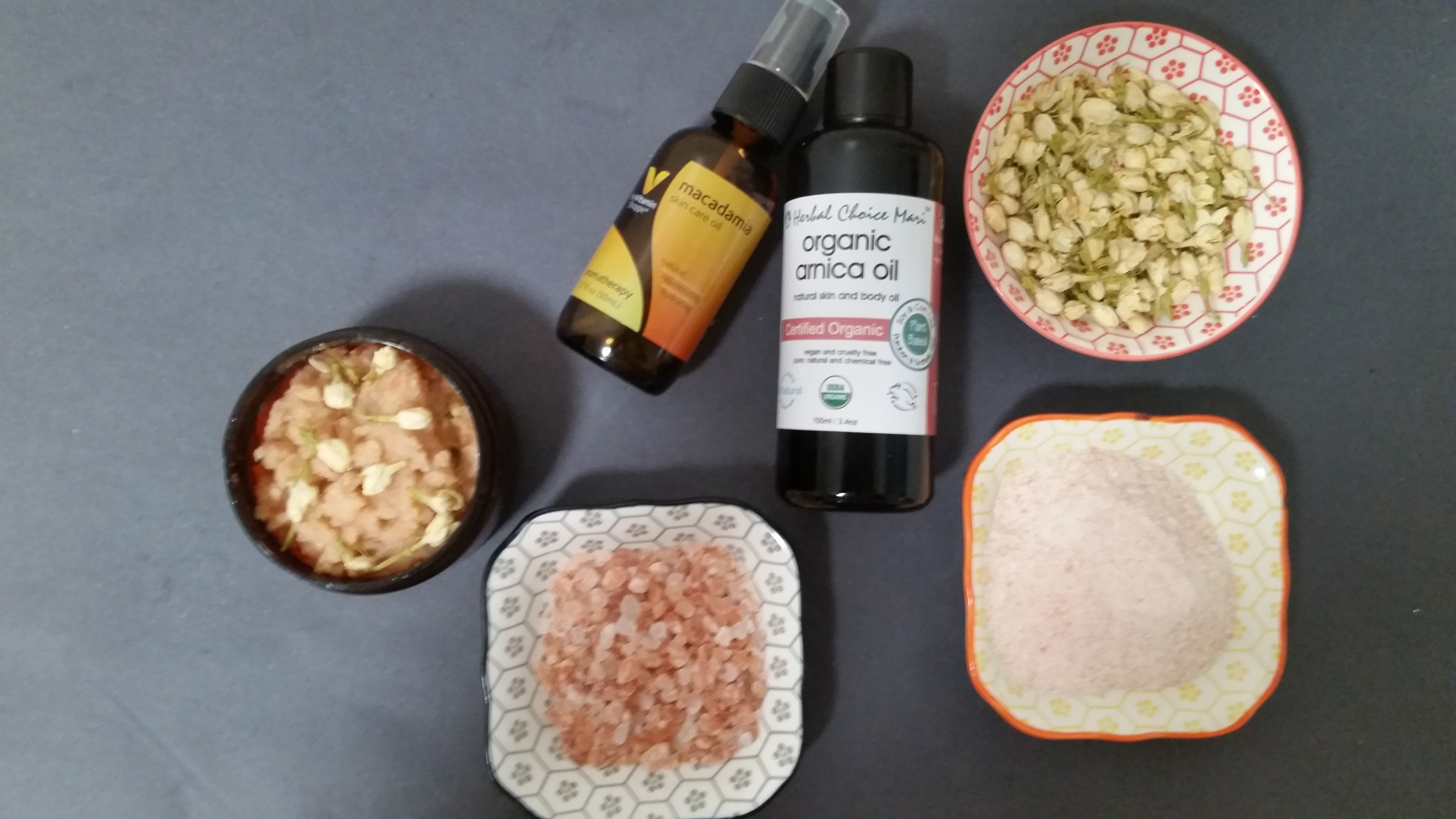 5 Jasmine Skin Hair Care Recipes That Work As Great As They Smell