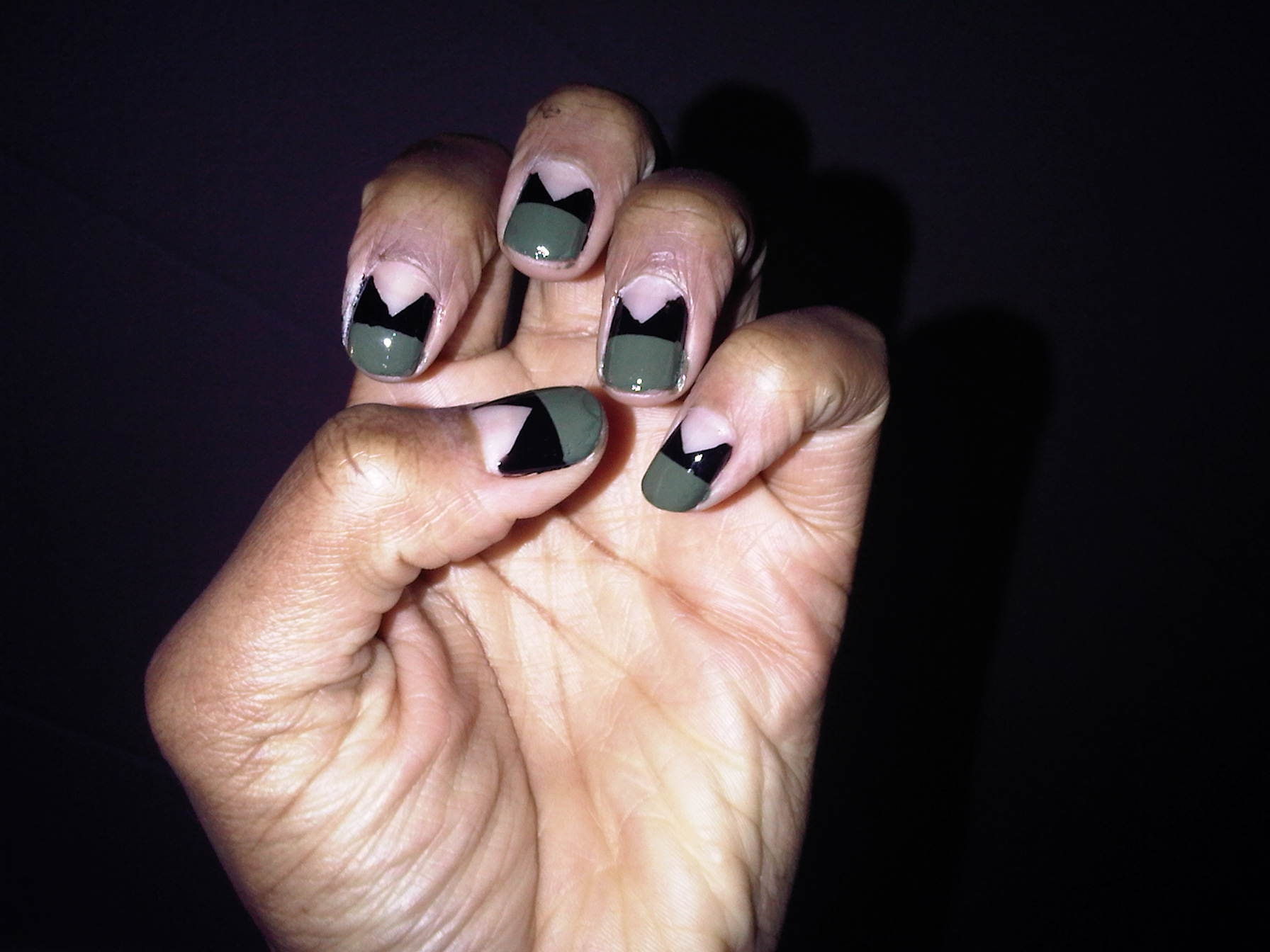 Learn How To Strengthen Nails Naturally With These 5 Treatments