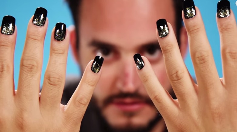 Guys Try Fake Nails And Their Reactions Are A Priceless Mix Of ...