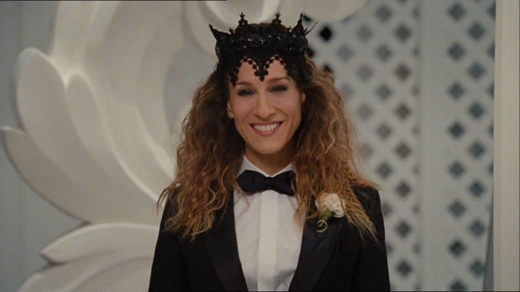 The 36 Most Memorable Carrie Bradshaw Outfits On \'Sex And The City ...