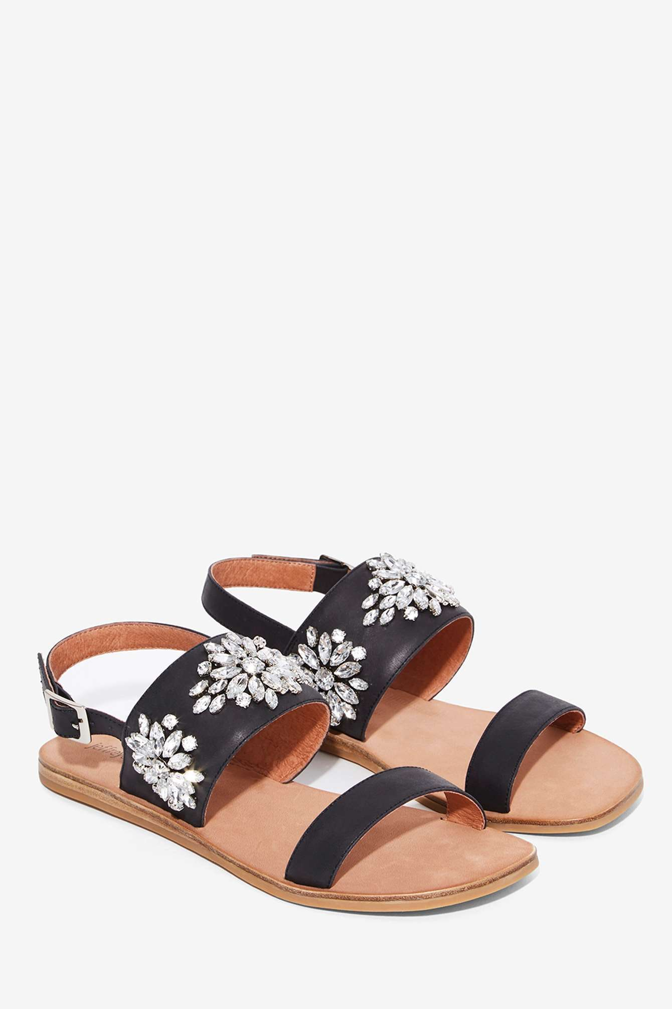 72ad47c01c5dd 12 Shoes To Buy In 2016 If You Loved The Steve Madden Stretchy Sandals —  PHOTOS
