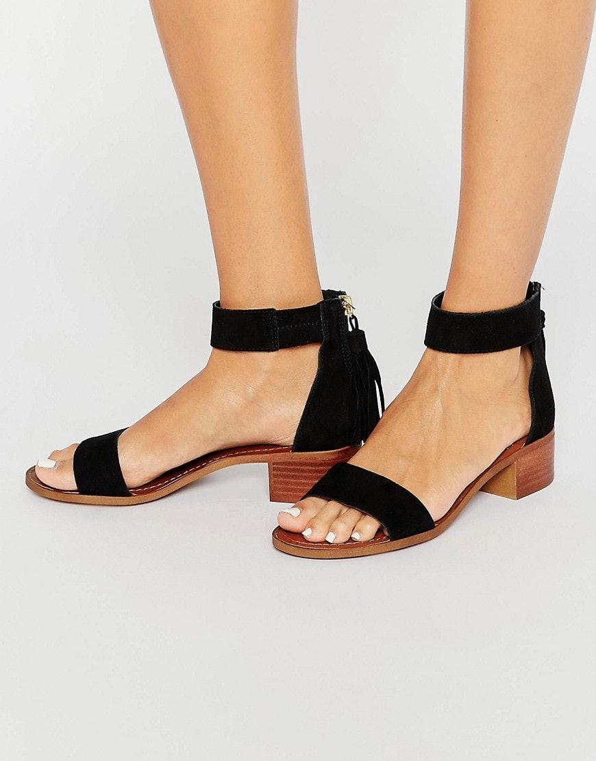 Darcie dolce feet