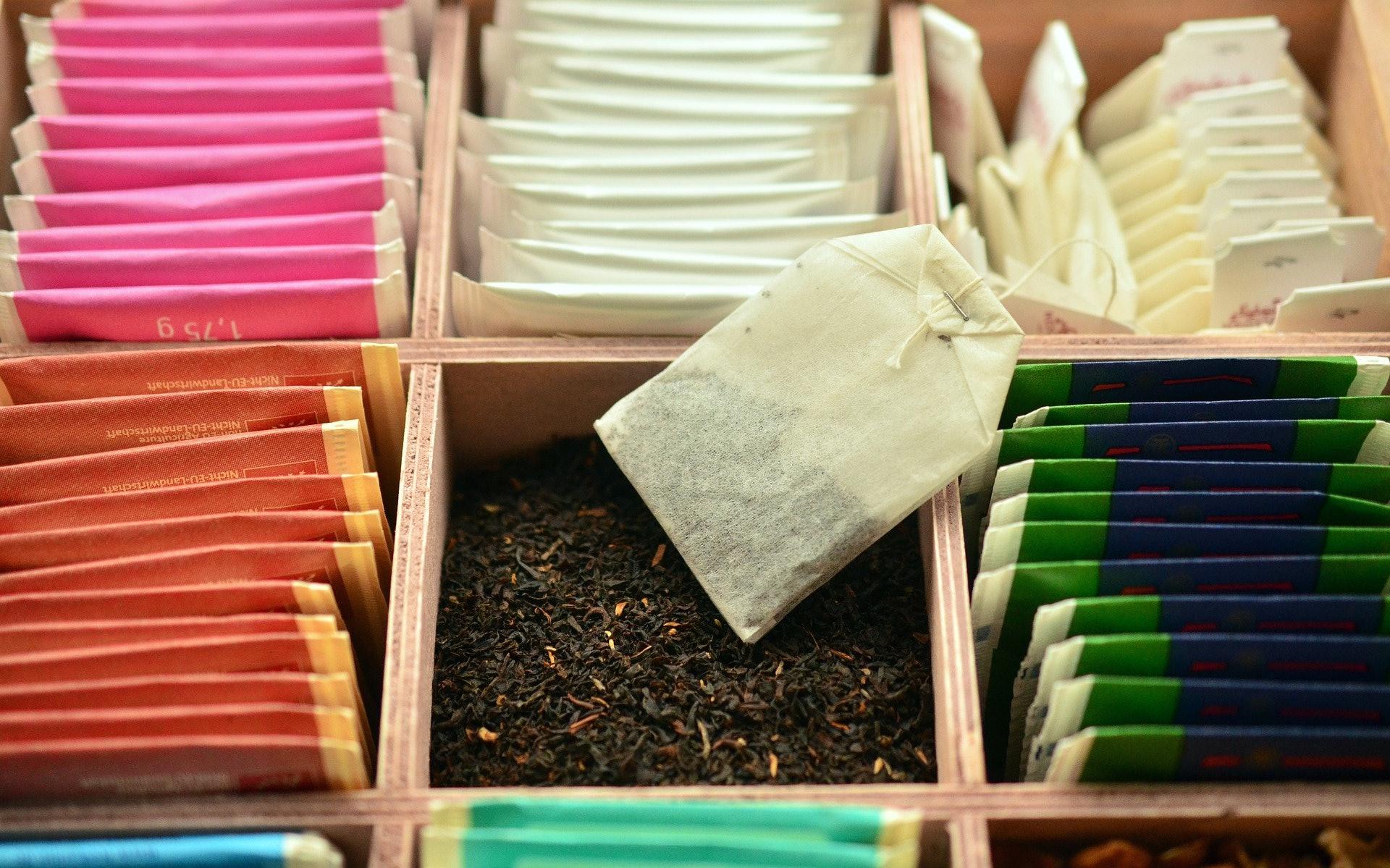 Does pure garcinia cambogia contain caffeine