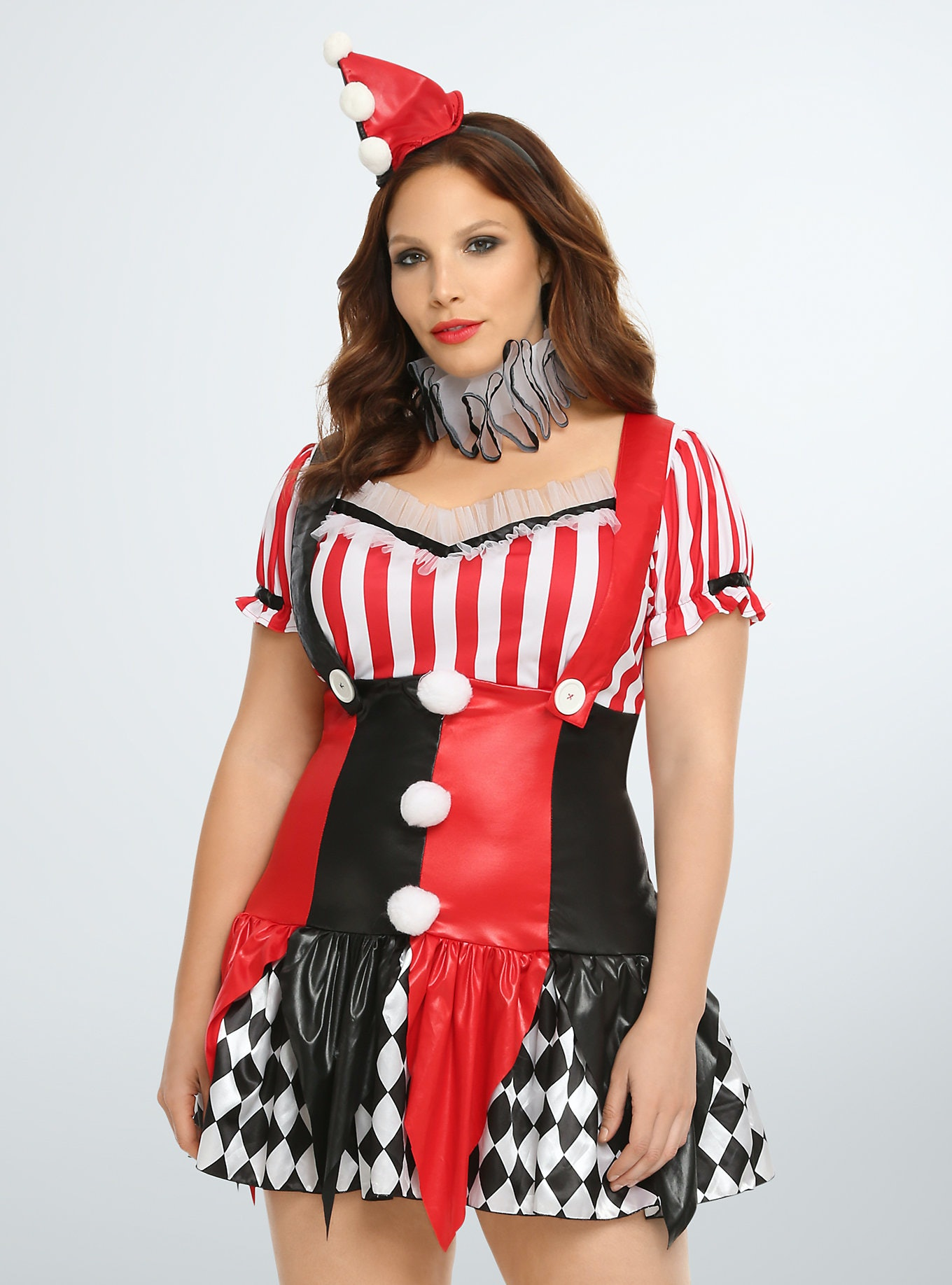 15 plus size halloween costumes that are ready to party