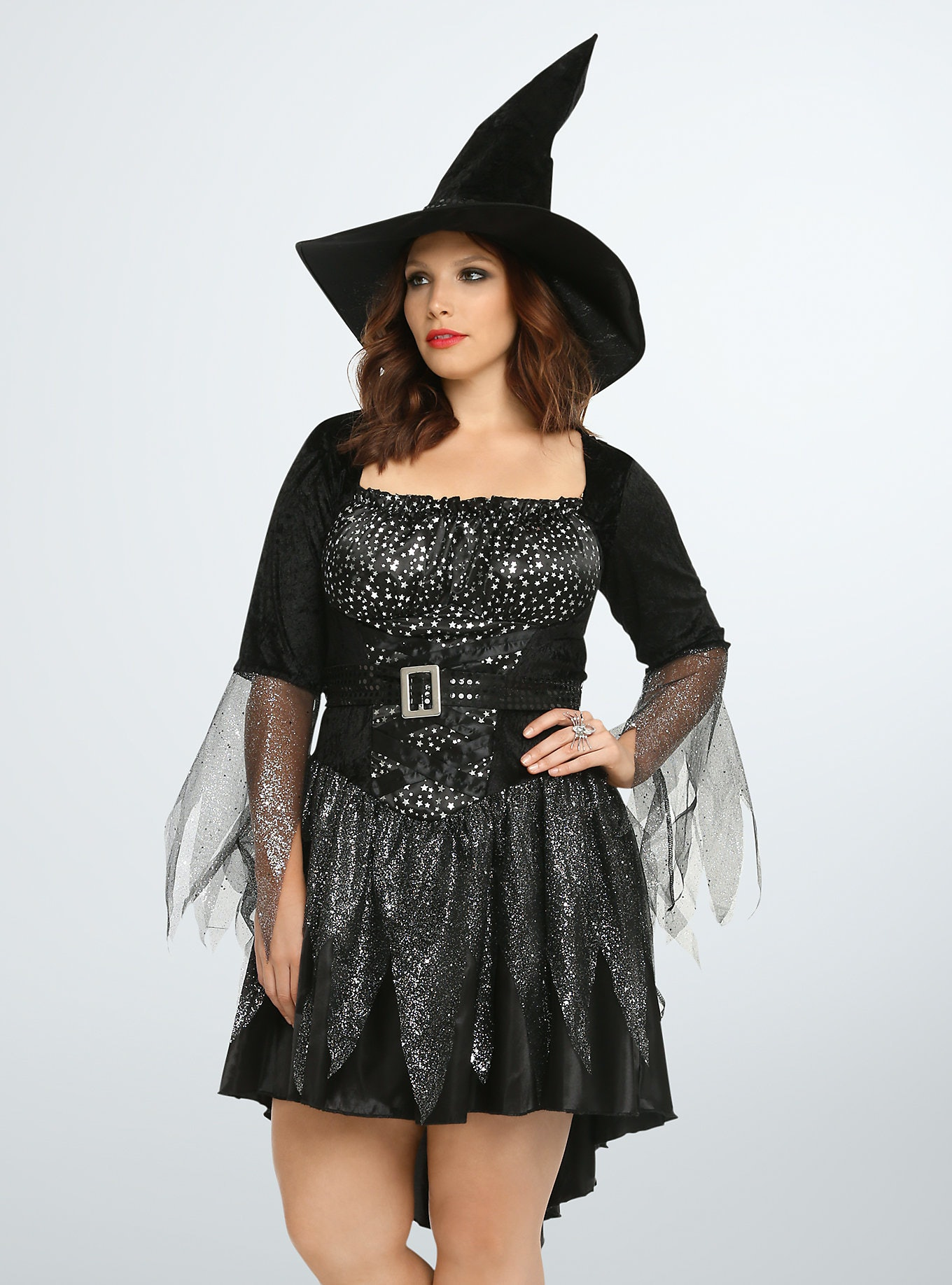 ed84fa975d4 15 Plus Size Halloween Costumes That Are Ready To Party