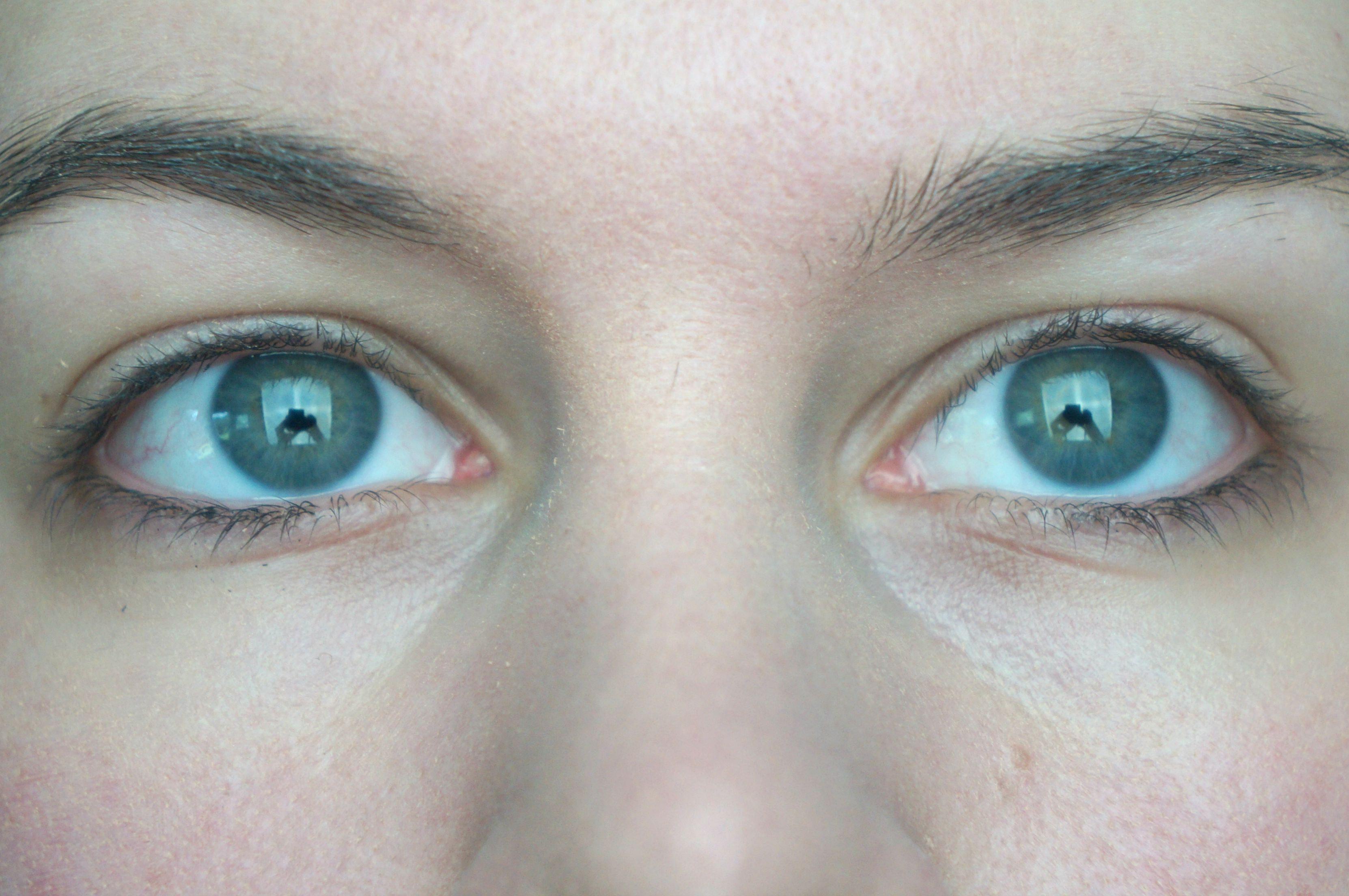 Tweezerman Promaster Lash Curler For Deep Set Hooded Eyes Is Your