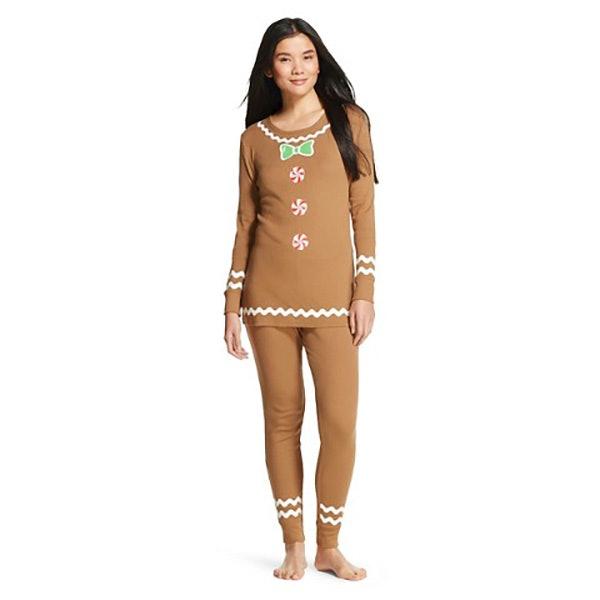 20 festive holiday pajamas you need to wear on christmas morning - Christmas Pajamas Women