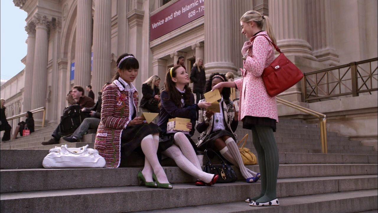 Resultado de imagen de gossip girl school scene