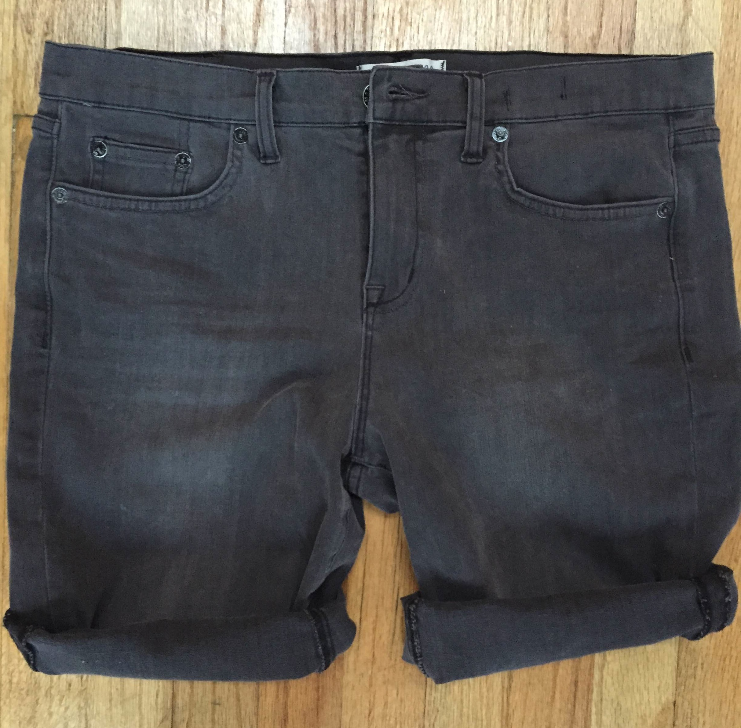 0432bf0dc567 How To Make Jeans Into Shorts In 5 Simple Steps Because Legs Need To  Breathe!