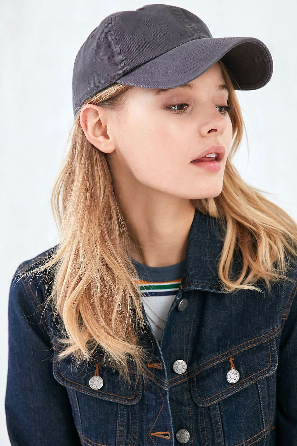 11 Chic Baseball Caps That ll Amp Up Your Athleisure Game — PHOTOS d9a103917e8