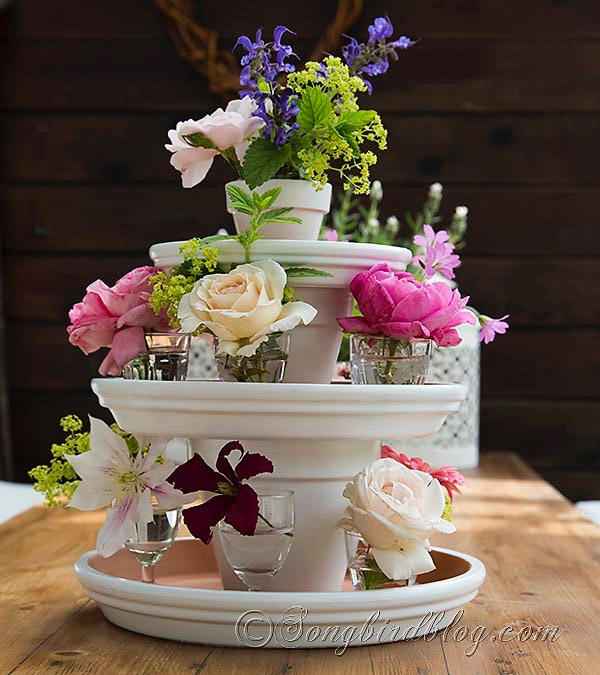 8 Diy Centerpieces That Are Perfectly Charming For Any Outdoor Event