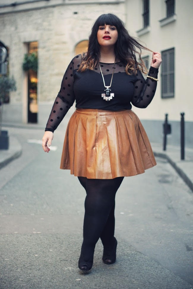 picture-up-a-fat-women-skirt