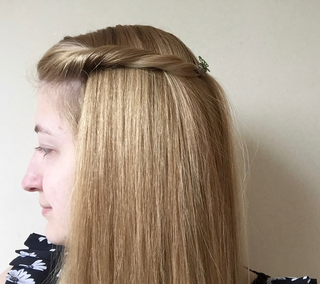 i wore my hair in butterfly clips every day for a week & here's what