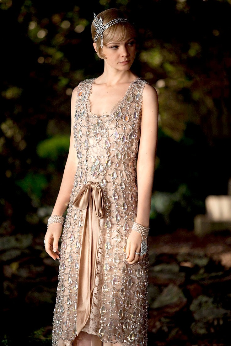 How To Dress Like Daisy Buchanan Of The Great Gatsby Channel All Your Ethereal Springtime Dreams