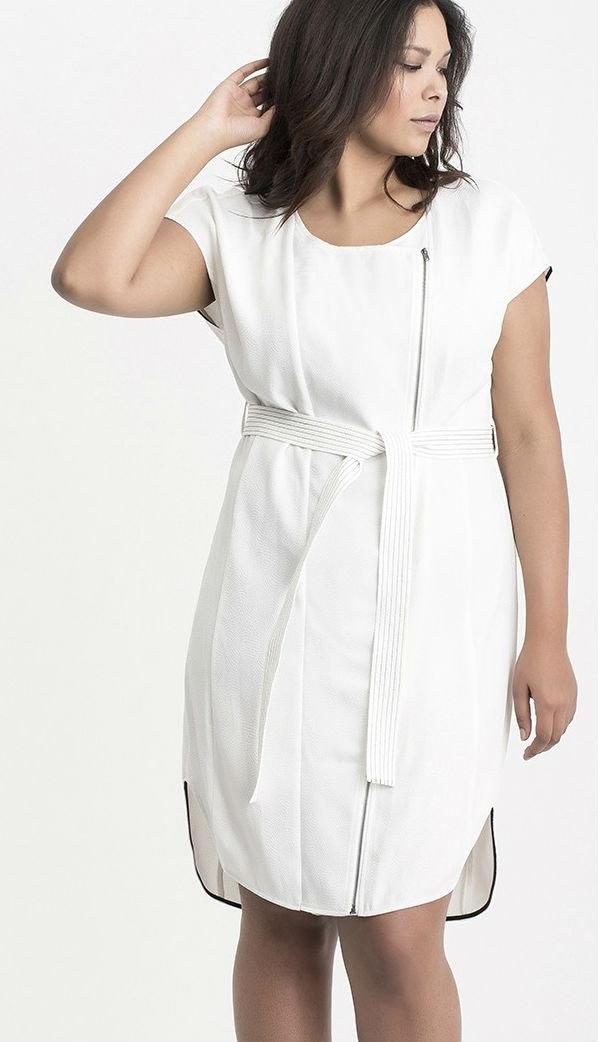 3cb31269c2415 17 Plus Size Basics Everyone Needs In Their Spring Wardrobe — PHOTOS