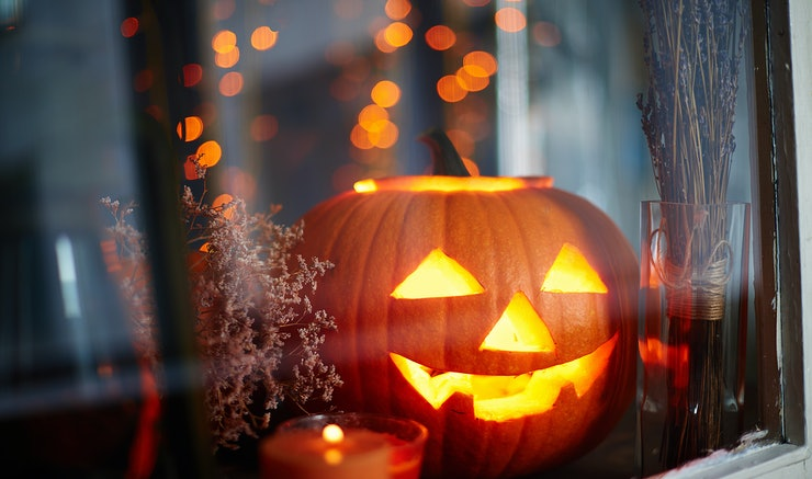 why is halloween celebrated on oct 31 theres a lot of history behind this spooky holiday - Halloween Holiday
