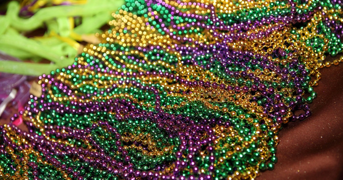 Crafts You Can Make With Mardi Gras Beads
