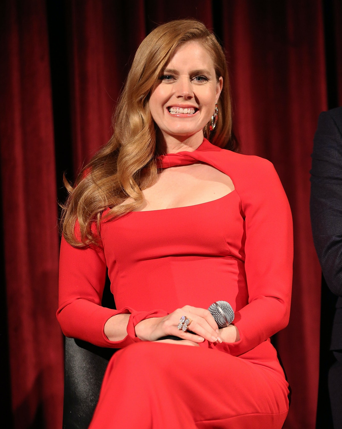 Amy Adams Makes An Imp...