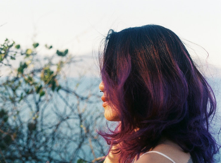 6 tips for dyeing brown hair purple without completely