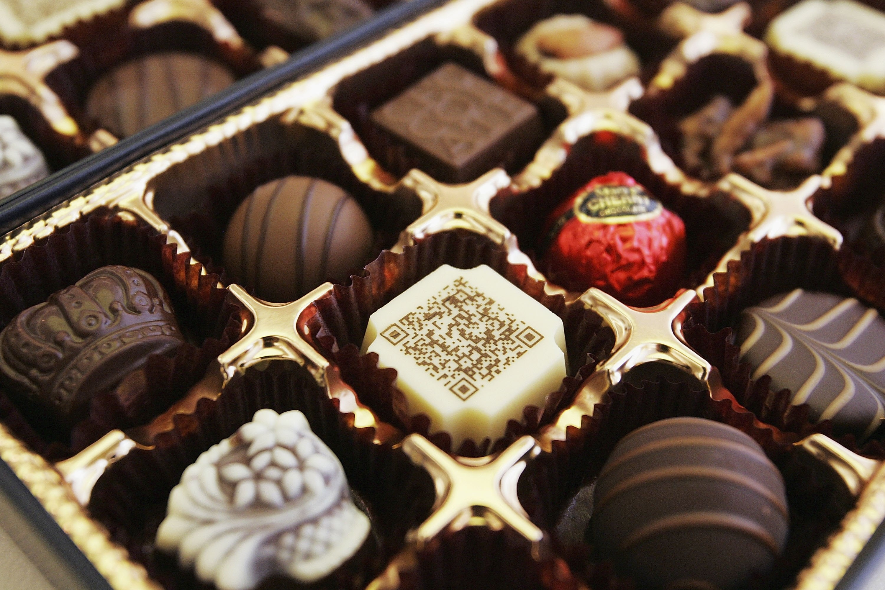 7 Reasons You Need More Dark Chocolate in Your Life, Besides ...