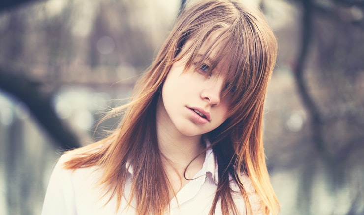How to style long hair with bangs using 9 products that work urmus Gallery