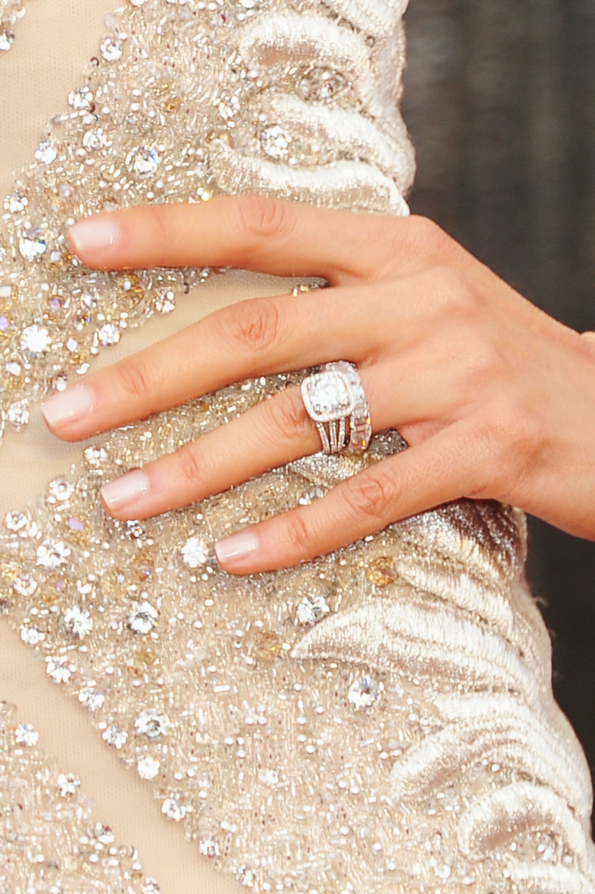 bigger engagement rings linked to higher divorce rate so you may want to rethink that rock - Big Wedding Rings