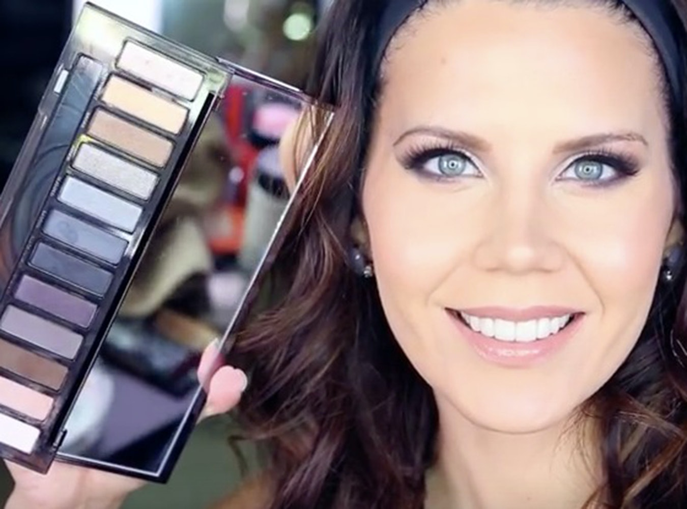 10 Urban Decay Smoky Palette Tutorials That Will Teach You How To ...