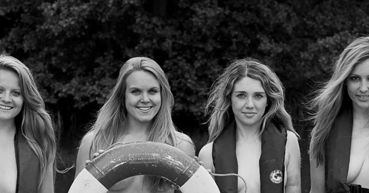 Warwick Womens Rowing Team Releases Naked Calendar For