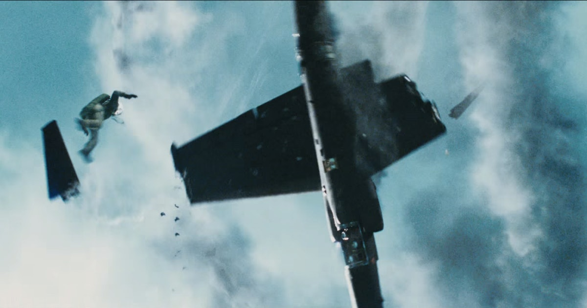 Bridge Of Spies Plane Crash Scene Is The Craziest Part