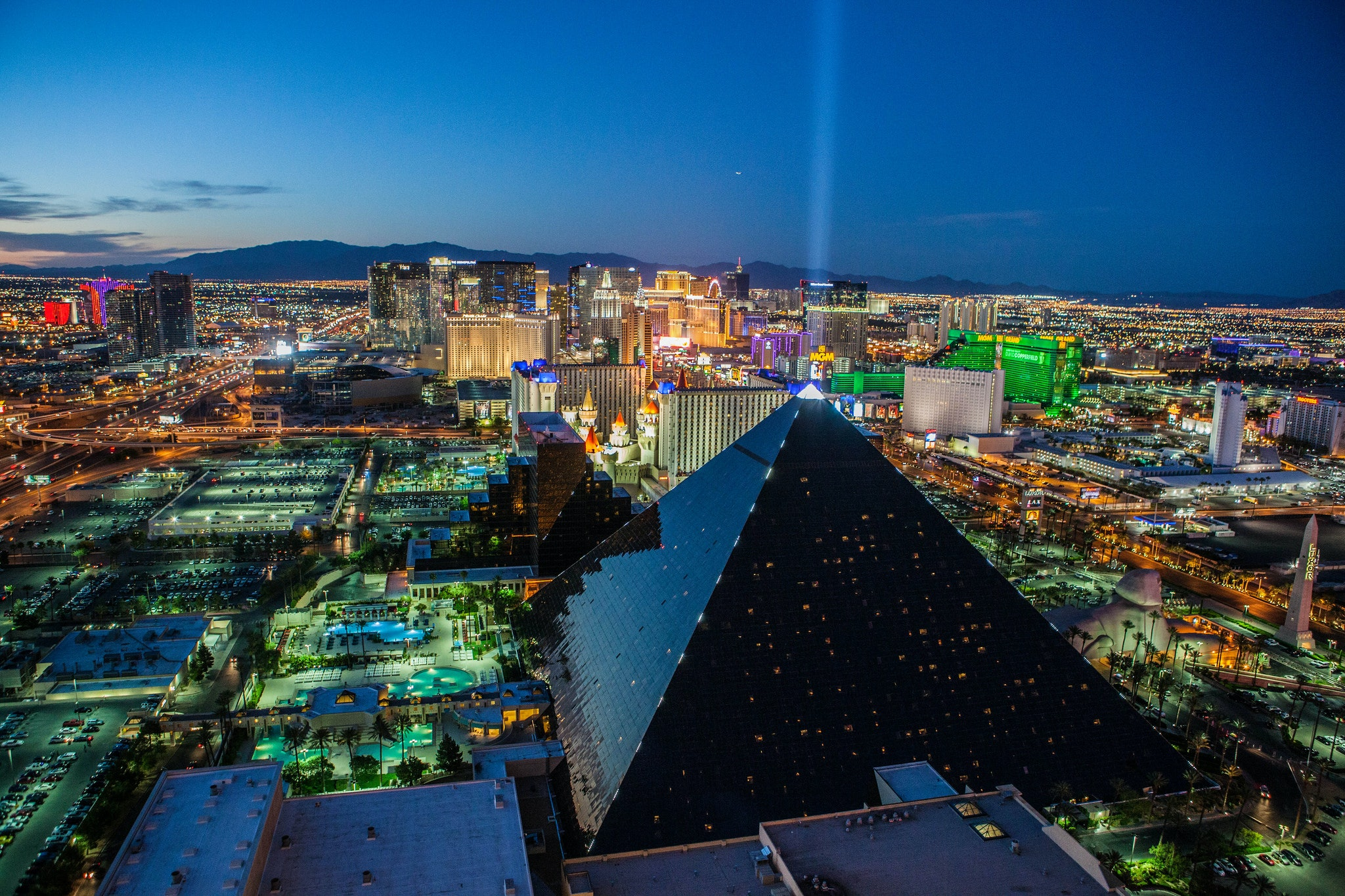 17 things all people who live in las vegas understand