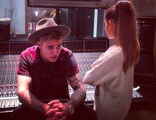 Justin Bieber Dating Paola Paulin - Us Weekly