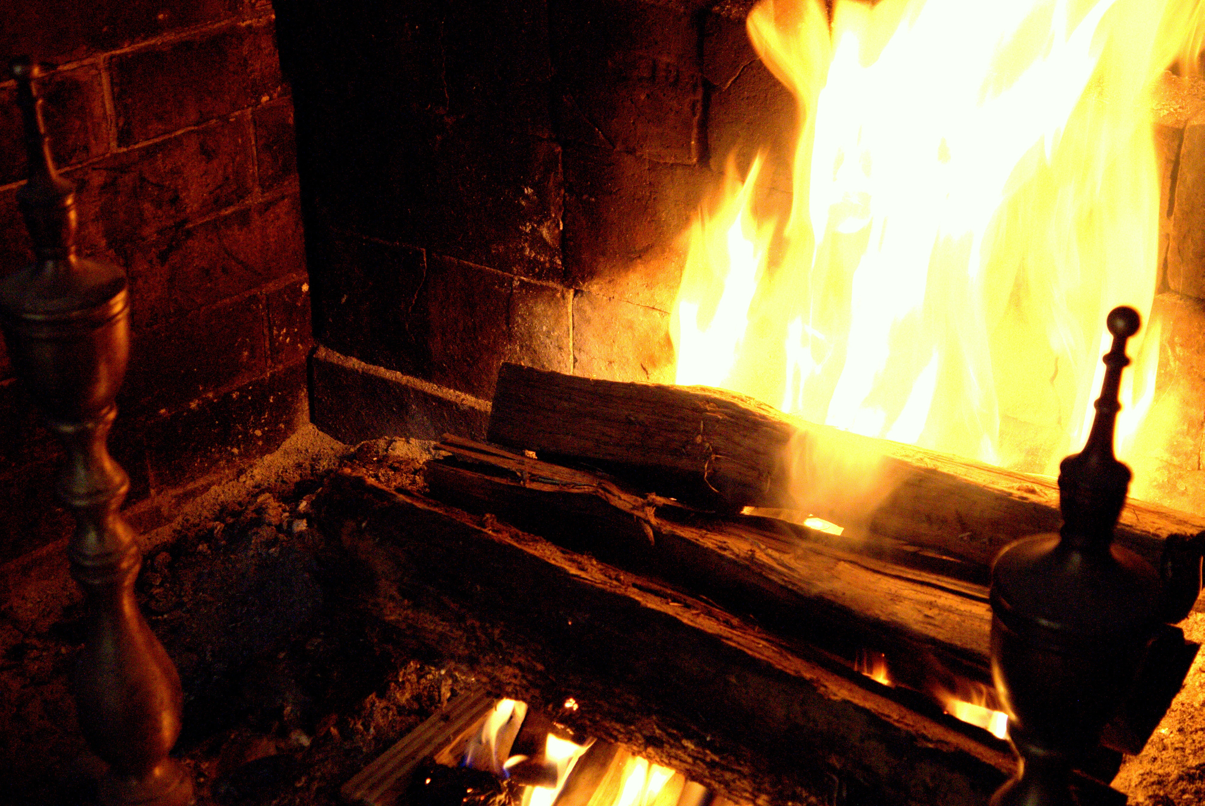 14 profound truths you learn while watching the yule log as told