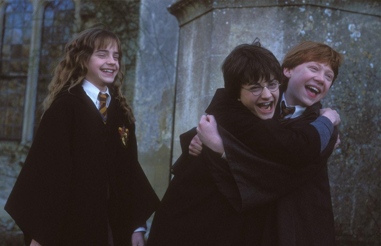 Resultado de imagen de harry ron y hermione