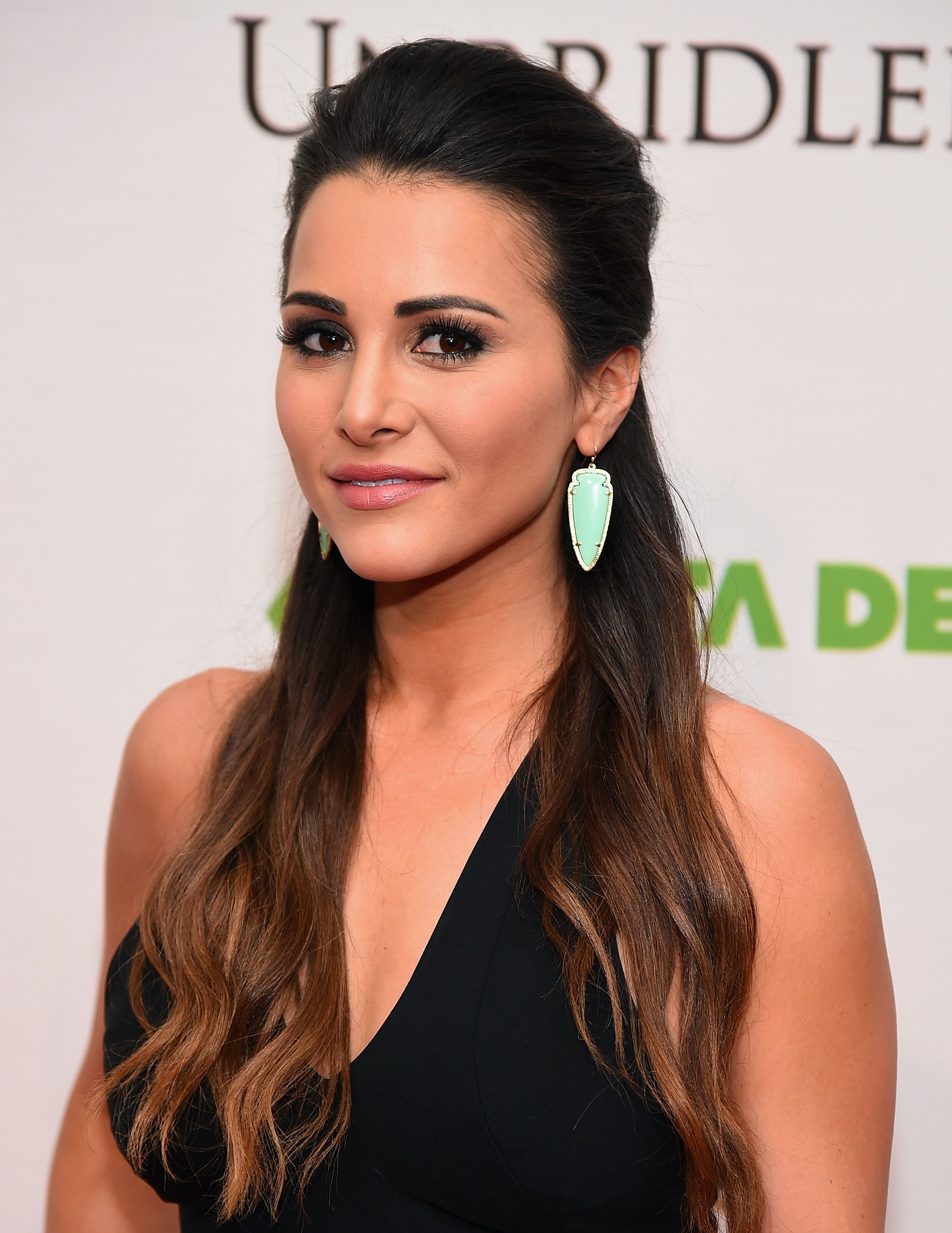 7 Burning Questions We Need Answered In 'The Bachelorette's Andi Dorfman's Tell-All 'It's Not Okay'
