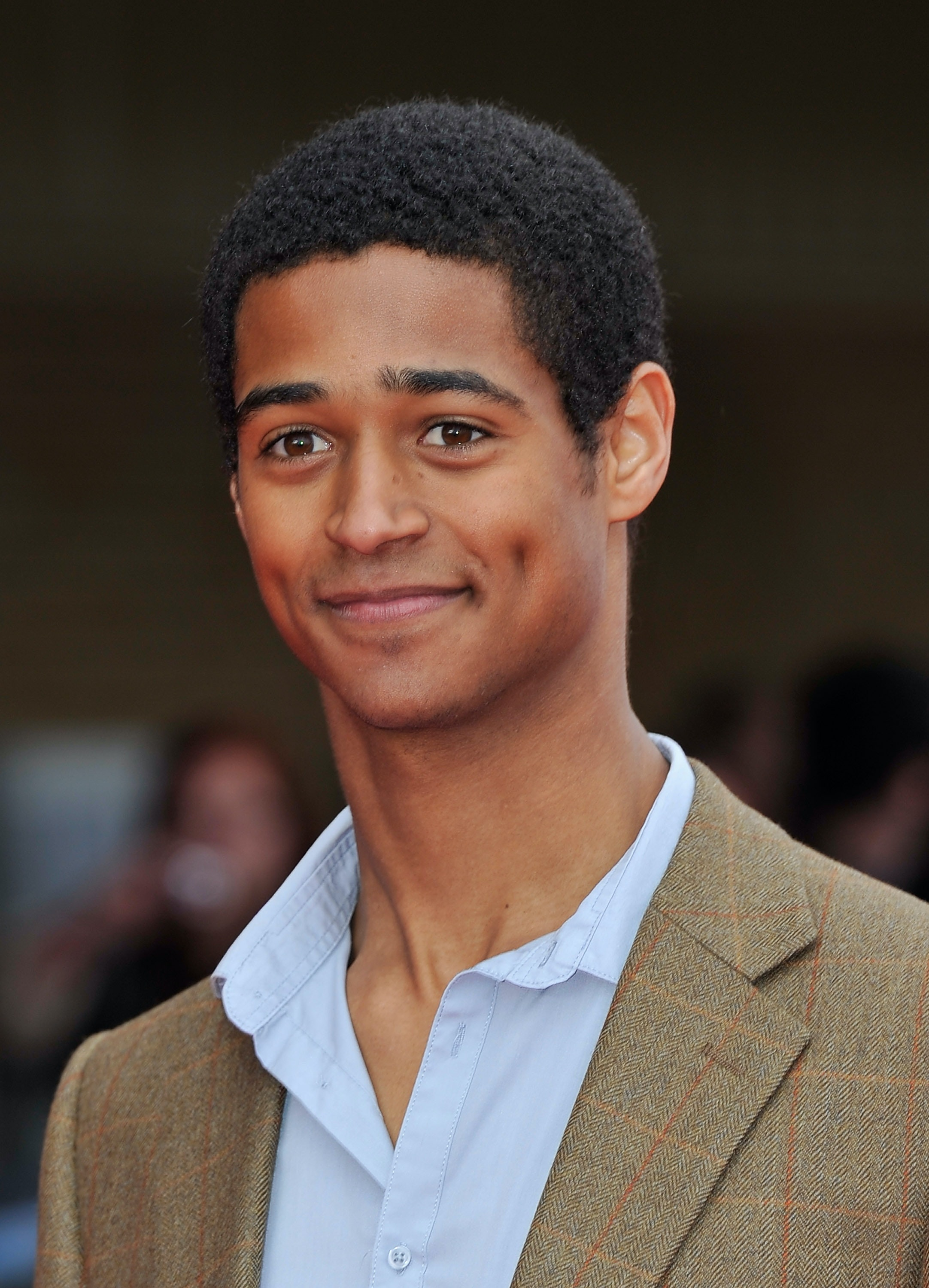Is Alfred Enoch Single? The 'how To Get Away With Murder' Star & Hogwarts  Alum Gives A Clear Answer