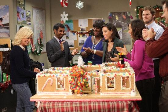 12 Christmas TV Episodes on Netflix To Binge-Watch & Keep Your ...
