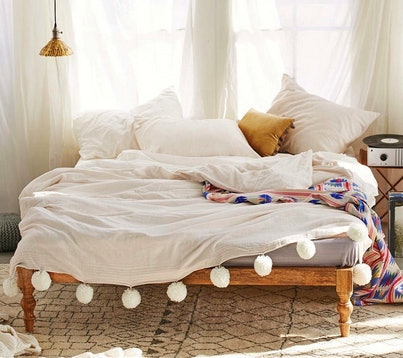 Delightful Quirky Bed Linen Part - 7: 9 Quirky Bedding Sets Thatu0027ll Make Your Room As Unique As You